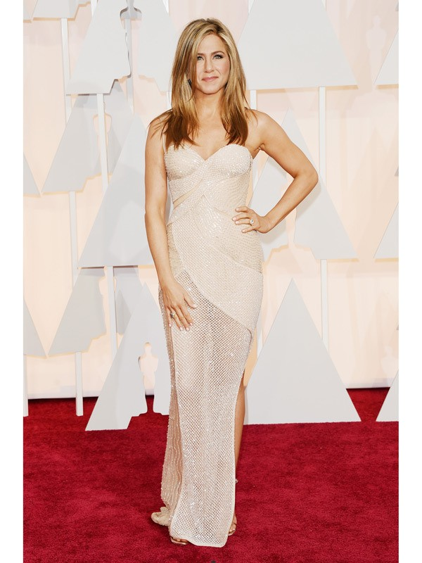 jennifer-aniston-oscars-2015-academy-awards1-600x800