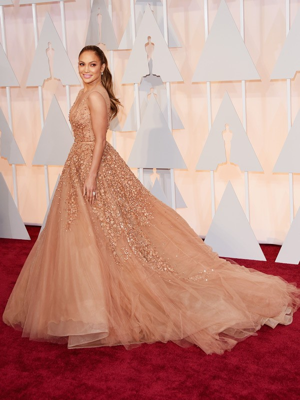 jennifer-lopez-oscars-2015-academy-awards-600x800