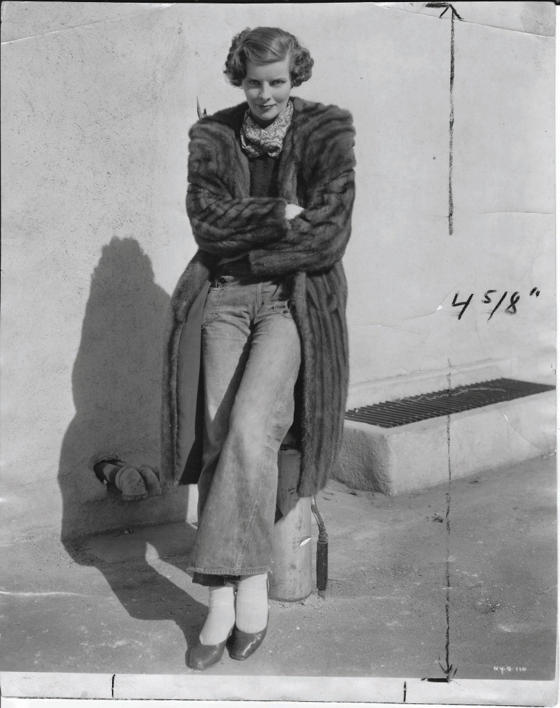 Katharine Hepburn in blue jeans and mink on the RKO lot. Feb 20,1933.