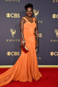 emmys-2017-all-the-looks-ss34